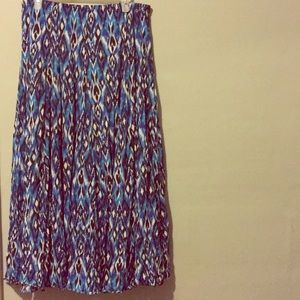 Maxi skirt with abstract blue pattern